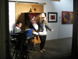 Auret singing